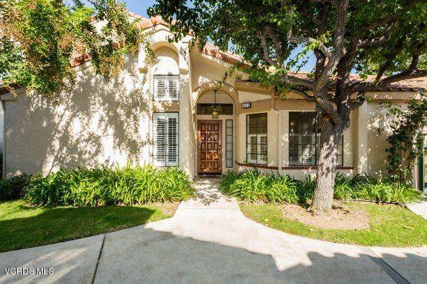 422 Country Club Drive C, Simi Valley, CA 93065 (#220009897) :: The Suarez Team