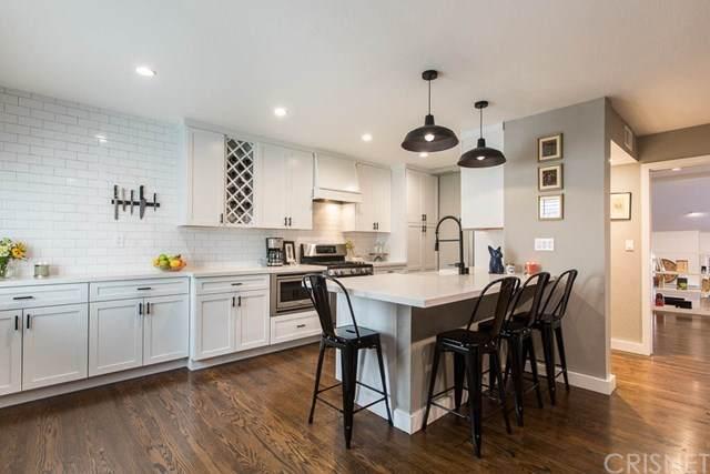 6227 Nita Avenue, Woodland Hills, CA 91367 (#SR20199461) :: HomeBased Realty