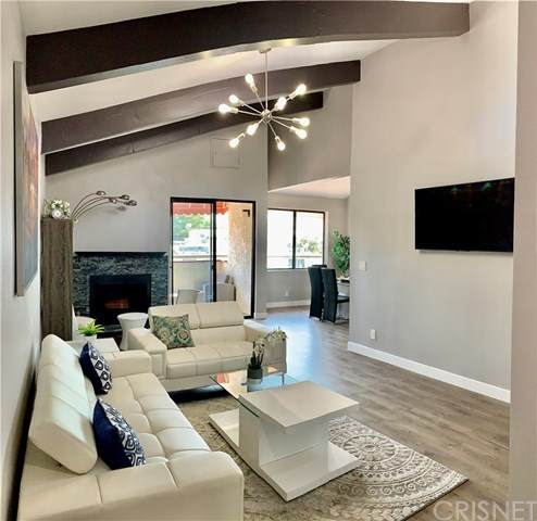 4542 Coldwater Canyon Avenue #12, Studio City, CA 91604 (#SR20200008) :: Compass