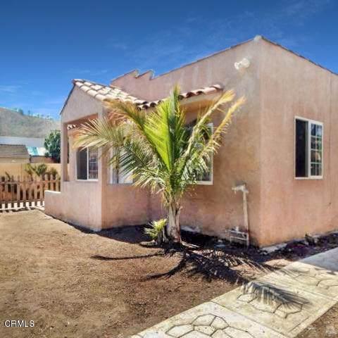 106 Sunnyway Drive, Ventura, CA 93001 (#V1-1538) :: Compass