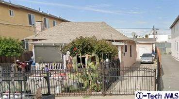 1365 E 33rd Street, Los Angeles, CA 90011 (#320003477) :: SG Associates