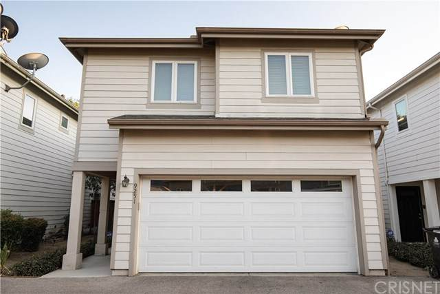 9251 Cedros Avenue, Panorama City, CA 91402 (#SR20204962) :: TruLine Realty