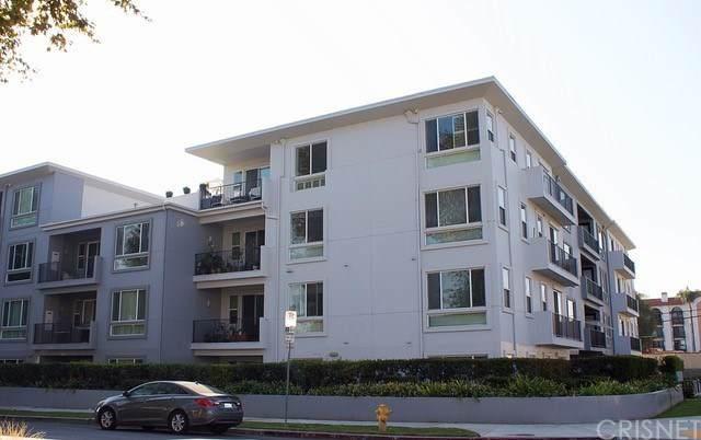 4820 Bellflower Avenue - Photo 1