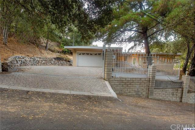 9735 Haines Canyon Avenue - Photo 1