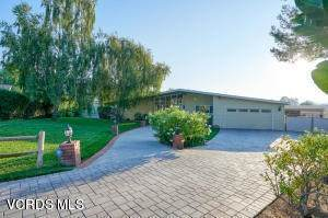 813 Calle Jon, Thousand Oaks, CA 91360 (#220010410) :: Randy Plaice and Associates