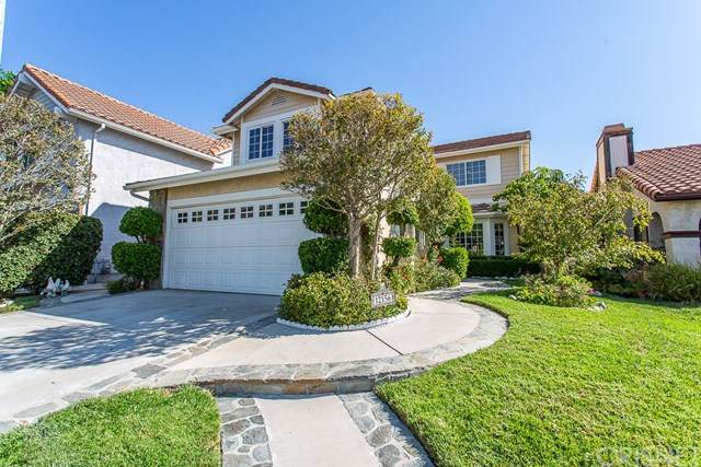 12156 Crystal Ridge Way, Porter Ranch, CA 91326 (#SR20216704) :: The Suarez Team