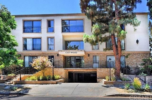 15344 Weddington Street #316, Sherman Oaks, CA 91411 (#SR20215981) :: The Parsons Team