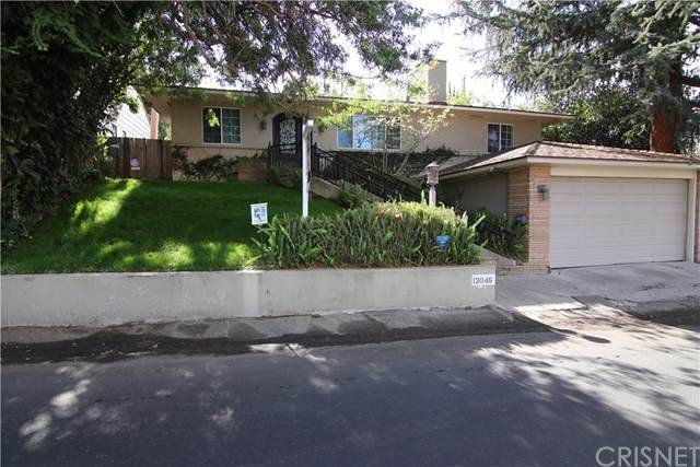 13046 Greenleaf Street, Studio City, CA 91604 (#SR20217929) :: The Parsons Team