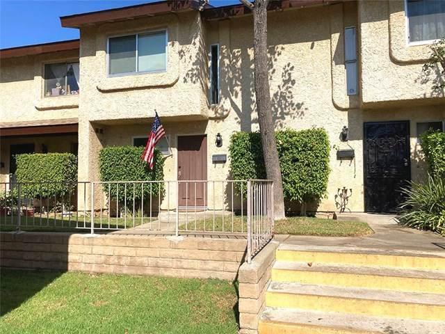 13701 Hubbard Street #26, Sylmar, CA 91342 (#SR20221690) :: The Suarez Team