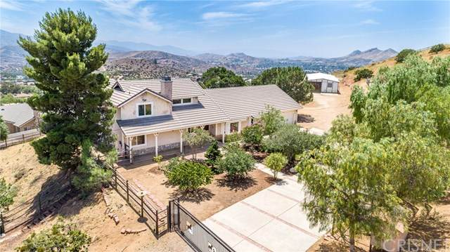 33805 Hanawalt Road, Agua Dulce, CA 91390 (#SR20222053) :: Randy Plaice and Associates