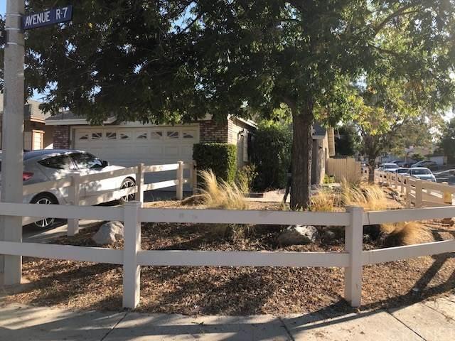 1502 E Avenue R7, Palmdale, CA 93550 (#SR20223439) :: The Suarez Team