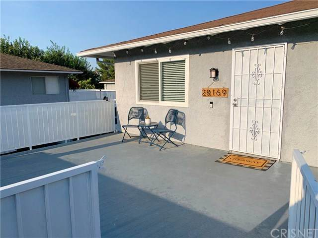 28169 Robin Avenue, Saugus, CA 91350 (#SR20223808) :: The Parsons Team