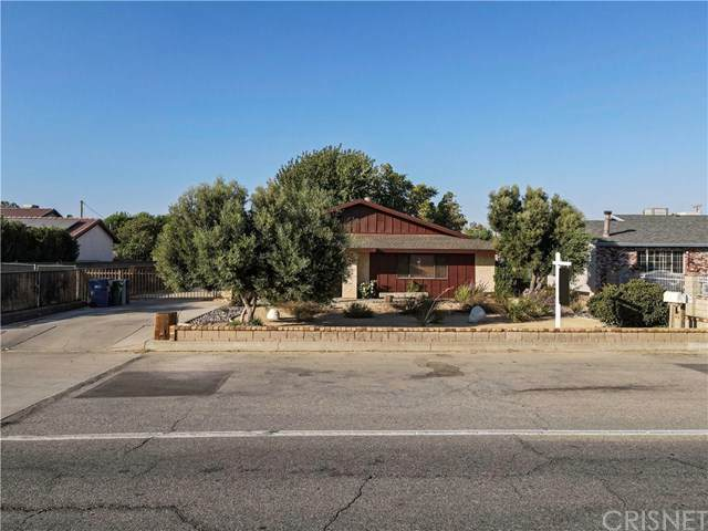 4241 W Avenue L8, Lancaster, CA 93536 (#SR20223752) :: Randy Plaice and Associates