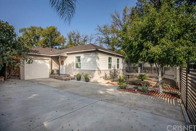 8100 Hazeltine Avenue, Panorama City, CA 91402 (#SR20224431) :: The Suarez Team
