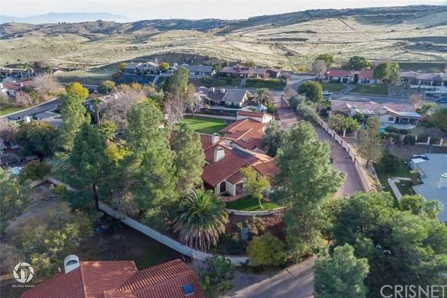716 Vista Via Drive, Taft, CA 93268 (#SR20225338) :: The Suarez Team