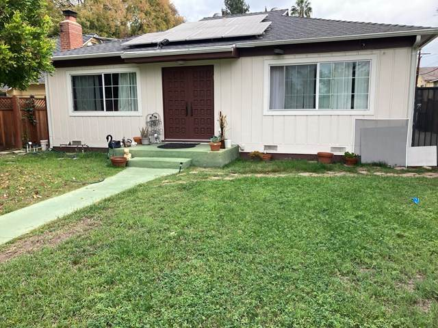 5616 Buffalo Avenue, Valley Glen, CA 91401 (#V1-2182) :: The Suarez Team