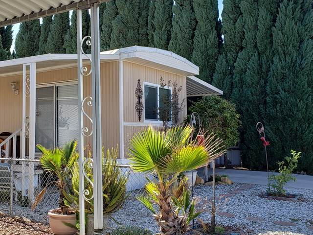 63 Via Sintra #63, Camarillo, CA 93012 (#V1-2197) :: Berkshire Hathaway HomeServices California Properties