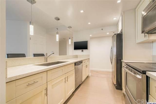600 W 9th Street #313, Los Angeles, CA 90015 (#320003848) :: TruLine Realty