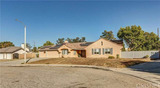 40414 Tesoro Lane, Palmdale, CA 93551 (#SR20229934) :: TruLine Realty