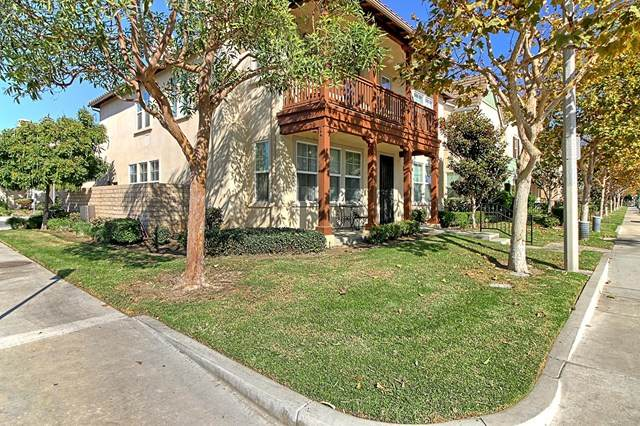 301 E Clara Street, Port Hueneme, CA 93041 (#V1-2313) :: Berkshire Hathaway HomeServices California Properties
