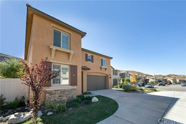 26801 Cherry Willow Drive, Canyon Country, CA 91387 (#SR20234282) :: Lydia Gable Realty Group