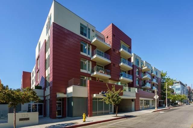 133 S Los Robles Avenue #405, Pasadena, CA 91101 (#P1-2192) :: Lydia Gable Realty Group