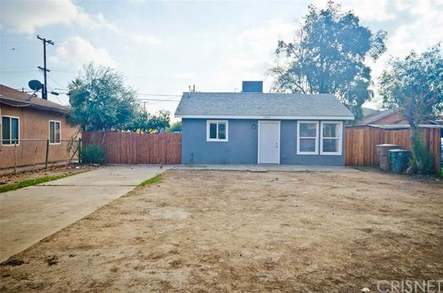 1307 Chester Place, Bakersfield, CA 93304 (#SR20243554) :: The Grillo Group