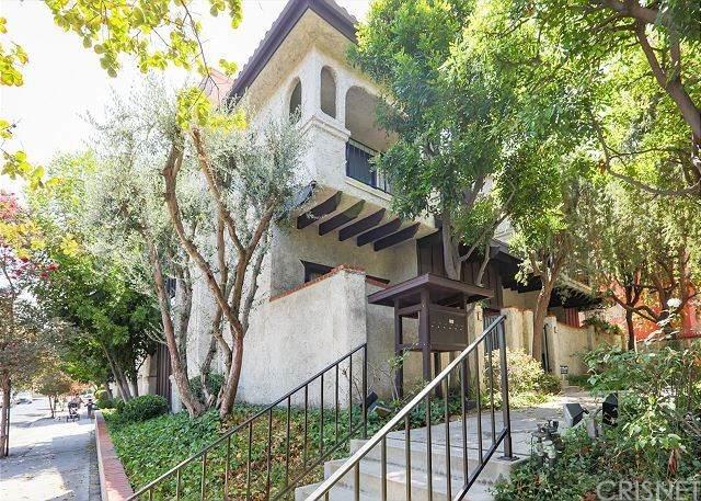 17830 Killion Street E, Encino, CA 91316 (#SR20246325) :: Lydia Gable Realty Group
