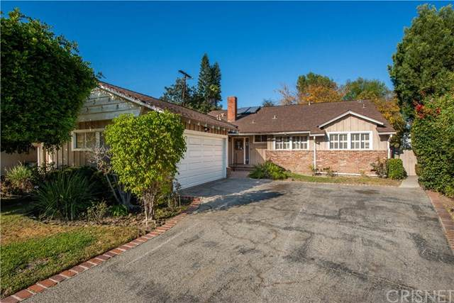 13231 Cumpston Street, Sherman Oaks, CA 91401 (#SR20233148) :: Lydia Gable Realty Group