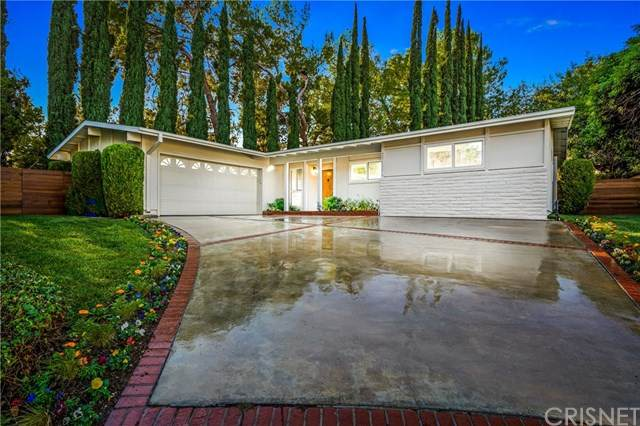23432 Kilty Place, West Hills, CA 91307 (#SR20247771) :: Arzuman Brothers