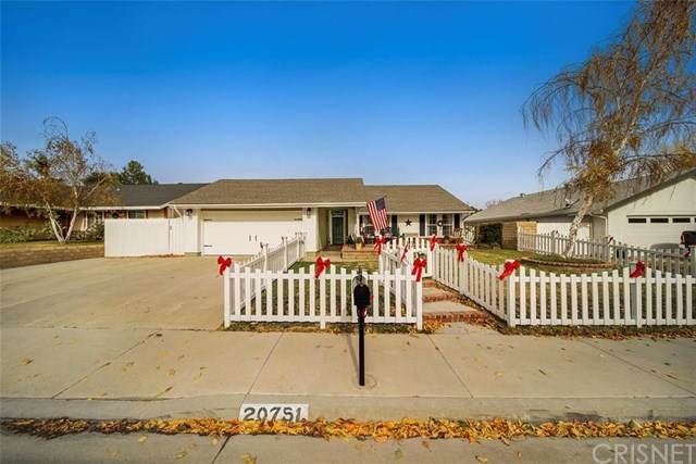 20751 Franwood Drive, Saugus, CA 91350 (#SR20252897) :: HomeBased Realty