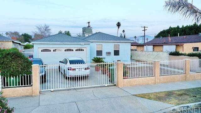 10156 Amboy Avenue, Pacoima, CA 91331 (#SR20261574) :: Randy Plaice and Associates
