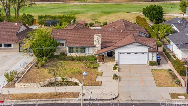 11803 Gerald Avenue, Granada Hills, CA 91344 (#SR21004605) :: Harcourts Bella Vista Realty