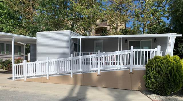 2187 Pavo Court #14, Thousand Oaks, CA 91362 (#221000207) :: Berkshire Hathaway HomeServices California Properties