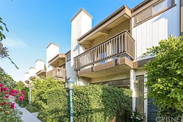 4222 Troost Avenue #22, Studio City, CA 91604 (#SR21007616) :: Harcourts Bella Vista Realty