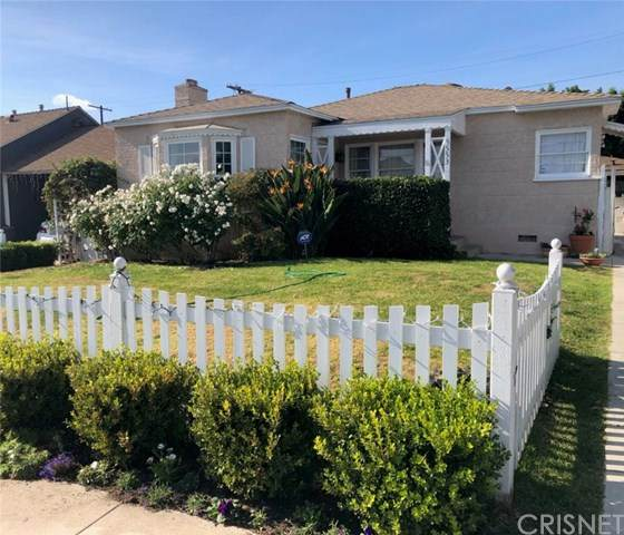 5553 Auckland, North Hollywood, CA 91601 (#SR21010481) :: HomeBased Realty