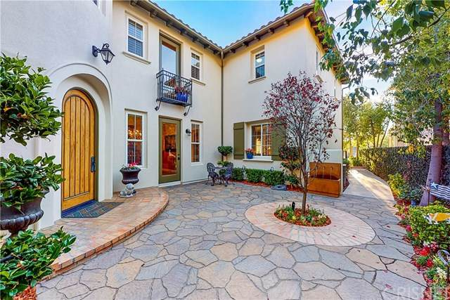 26905 Augusta Place, Valencia, CA 91355 (#SR21010187) :: Lydia Gable Realty Group