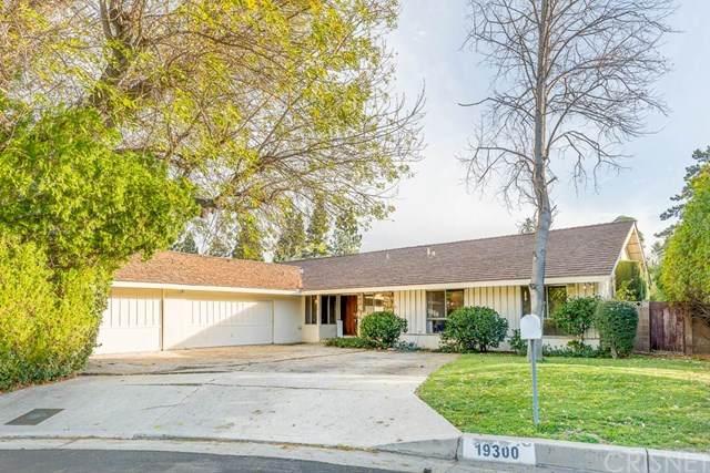 19300 Stare Street, Northridge, CA 91324 (#SR21013004) :: Harcourts Bella Vista Realty