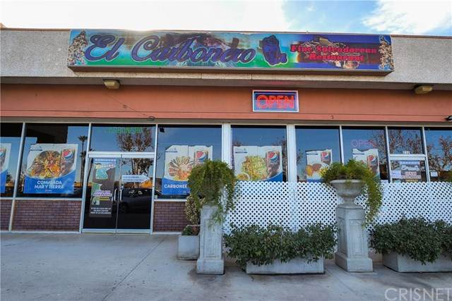 232 Palmdale Boulevard - Photo 1