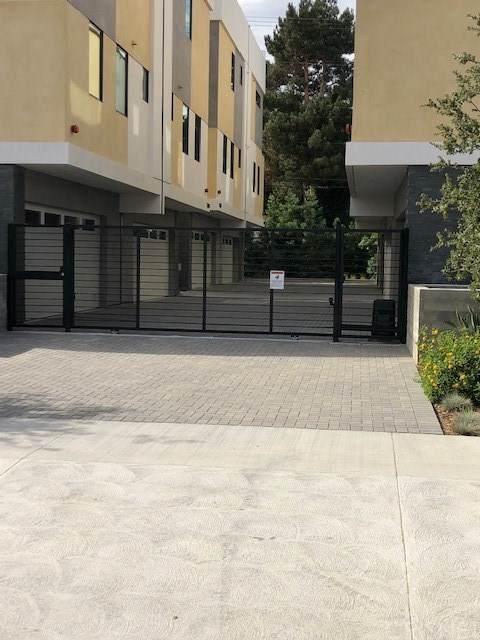 11404 W Talia Court, Studio City, CA 91602 (#SR21013845) :: Eman Saridin with RE/MAX of Santa Clarita