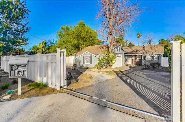5640 Rhodes Avenue, Valley Village, CA 91607 (#SR21013952) :: Randy Plaice and Associates