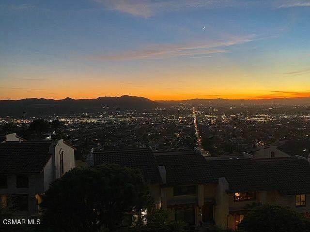 1703 Camino De Villas, Burbank, CA 91501 (#221000325) :: Harcourts Bella Vista Realty