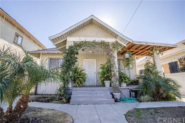 162 E 55th Street, Los Angeles, CA 90011 (#SR21014477) :: TruLine Realty