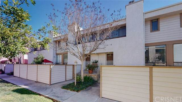 10231 Independence Avenue B10, Chatsworth, CA 91311 (#SR21014484) :: The Parsons Team