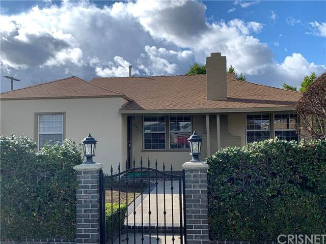 5935 Irvine Avenue, North Hollywood, CA 91601 (#SR21016559) :: Lydia Gable Realty Group