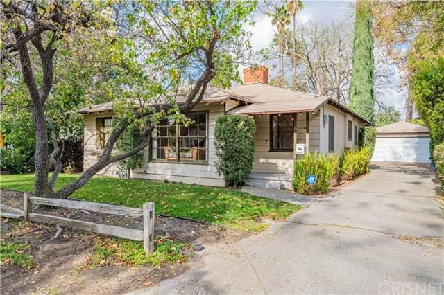 12701 Kling Street, Studio City, CA 91604 (#SR21017132) :: Berkshire Hathaway HomeServices California Properties