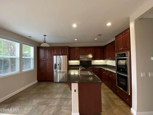 3803 Bridgeview Lane, Newbury Park, CA 91320 (#221000473) :: Berkshire Hathaway HomeServices California Properties