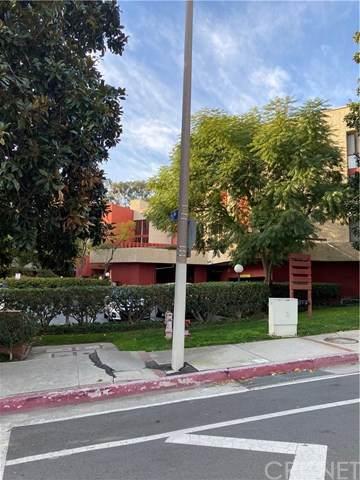 3961 Via Marisol #120, Monterey Hills, CA 90042 (#SR21034468) :: The Grillo Group