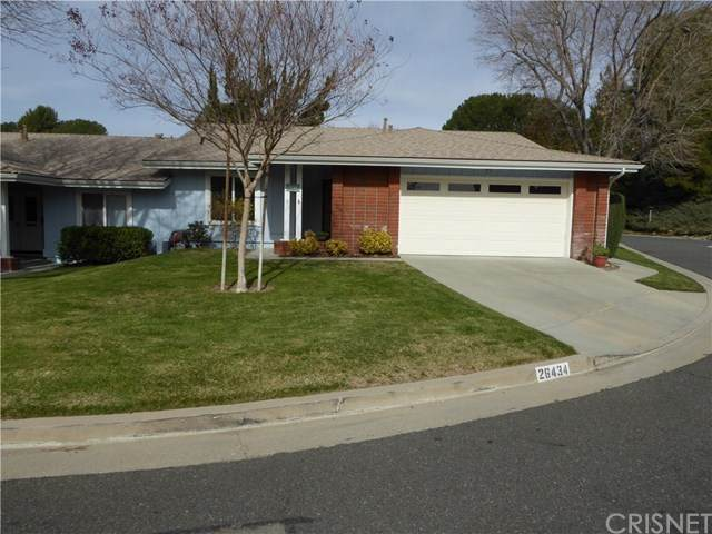 26434 Circle Knoll Court, Newhall, CA 91321 (#SR21035298) :: HomeBased Realty