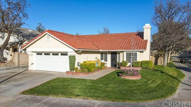 25502 Cornwall Place, Saugus, CA 91350 (#SR21032202) :: HomeBased Realty